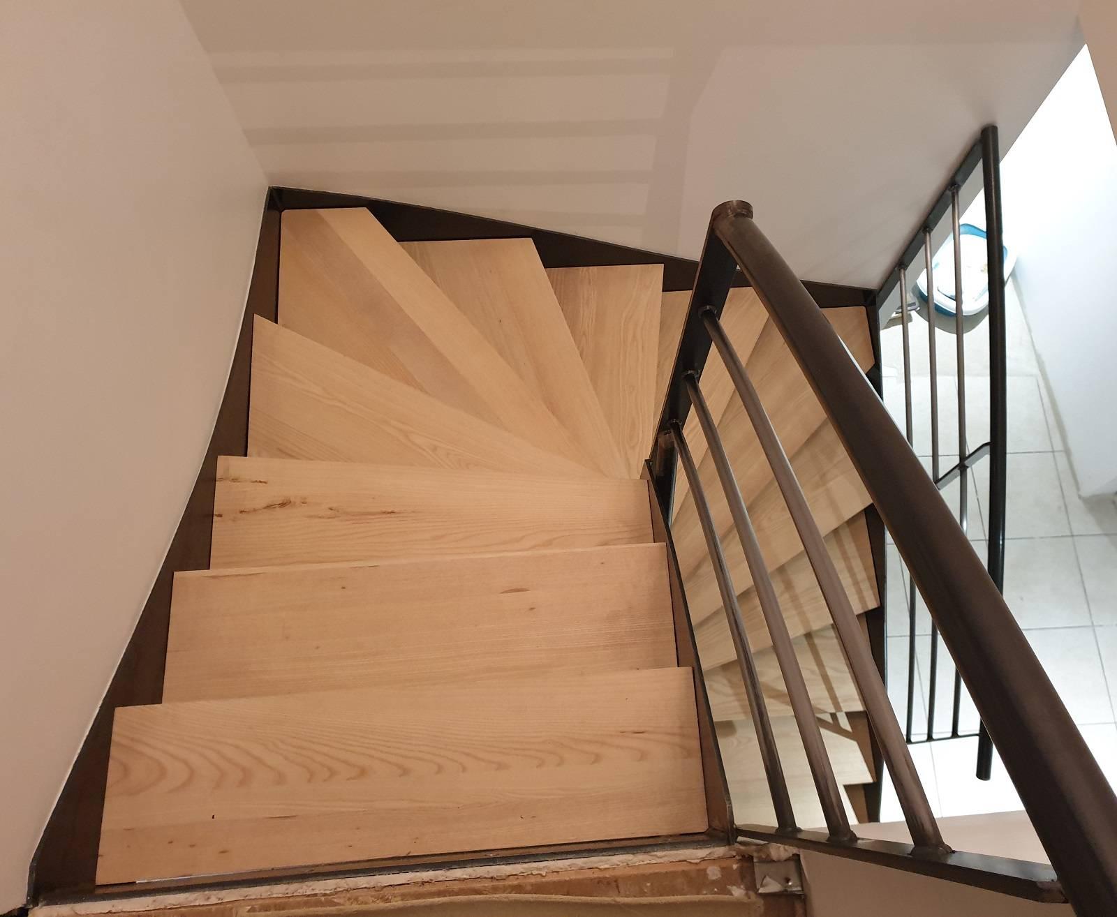 Fabricant D Escalier Bois conception, création et fabrication d'un escalier 1/2